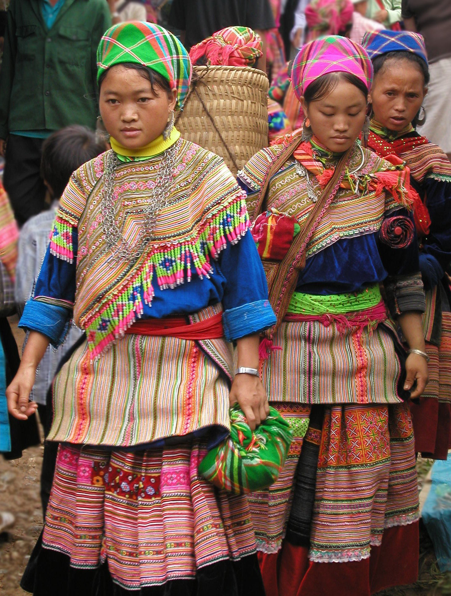 Hill tribe markets in Sapa